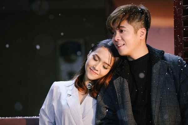Bùi Anh Tuấn quay MV ca khúc mới cùng người đẹp