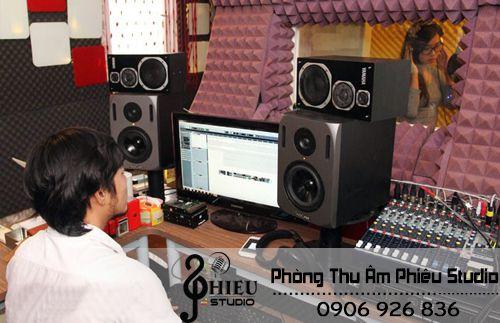 Phòng thu âm ca sĩ chuyên nghiệp